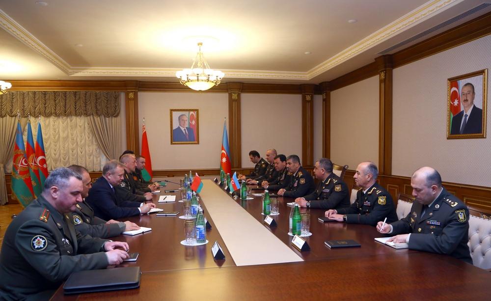 Azərbaycan ilə Belarus arasında hərbi-texniki əməkdaşlığın inkişaf perspektivləri müzakirə olunub