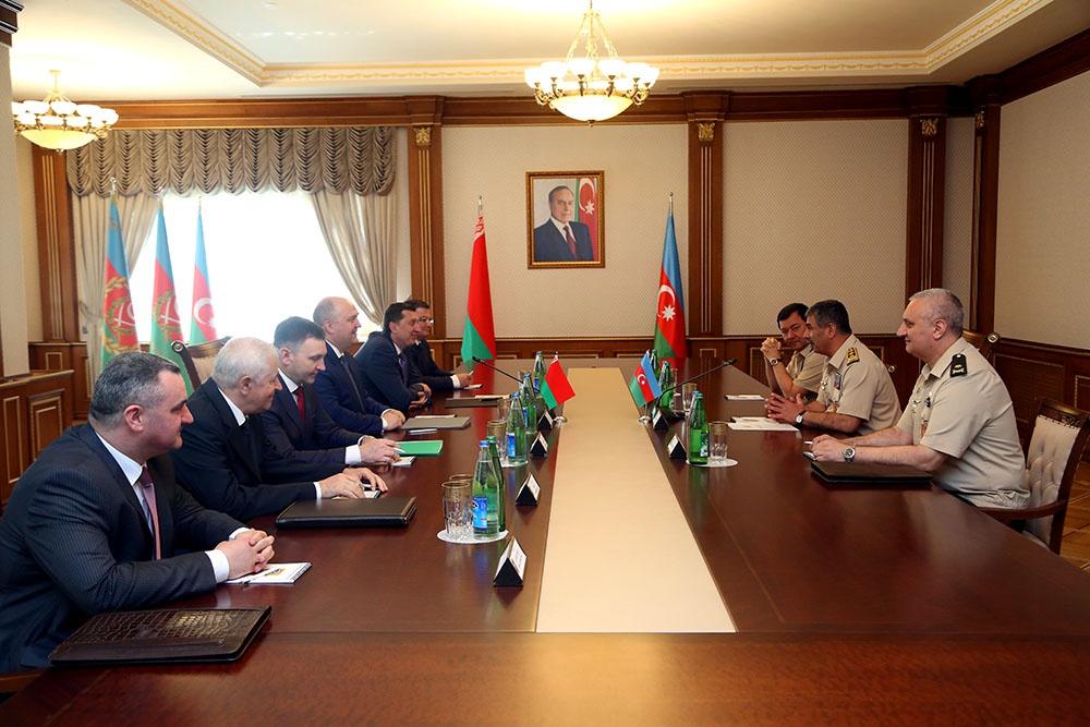 Azərbaycan ilə Belarus arasında hərbi-texniki əməkdaşlığın inkişaf perspektivləri müzakirə edilib
