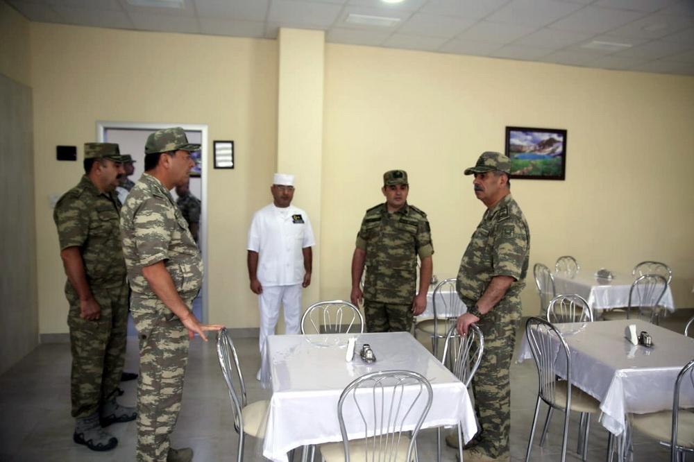 Müdafiə naziri  yeni tikilən hərbi hospitalın açılışında olub