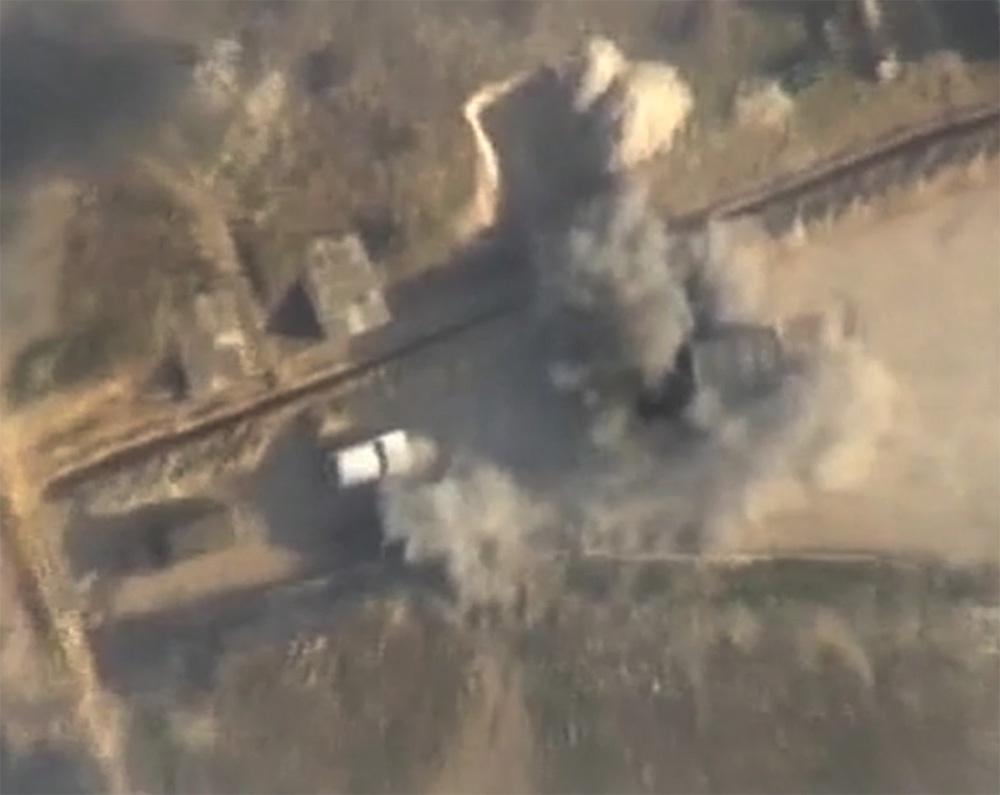 Ermənistan silahlı qüvvələrinin dayaq məntəqələrinin qərargahına cavab zərbəsi endirilib - VİDEO