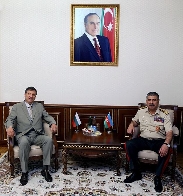 Azərbaycan ilə Bolqarıstan arasında hərbi əməkdaşlıq məsələləri müzakirə olunub