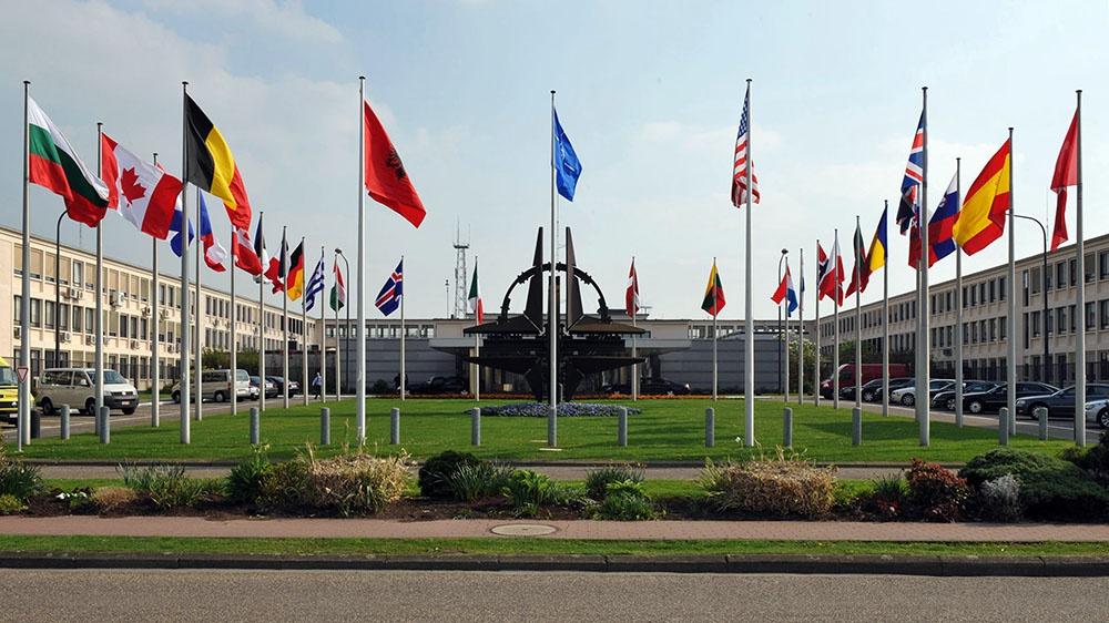 Müdafiə naziri NATO toplantısında iştirak edəcək