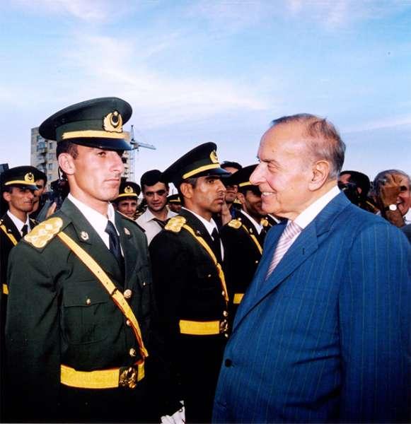 Heydər Əliyev və Azərbaycanda ordu quruculuğu
